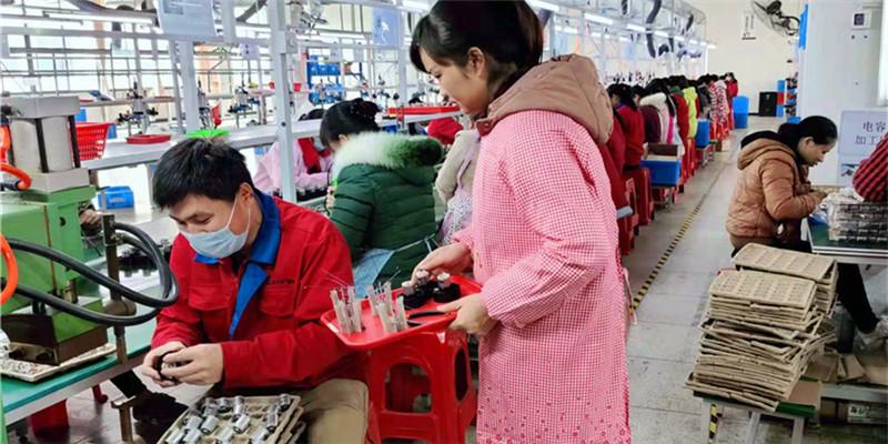 【决胜2020——扶贫印记】民营小企业 帮扶大平台