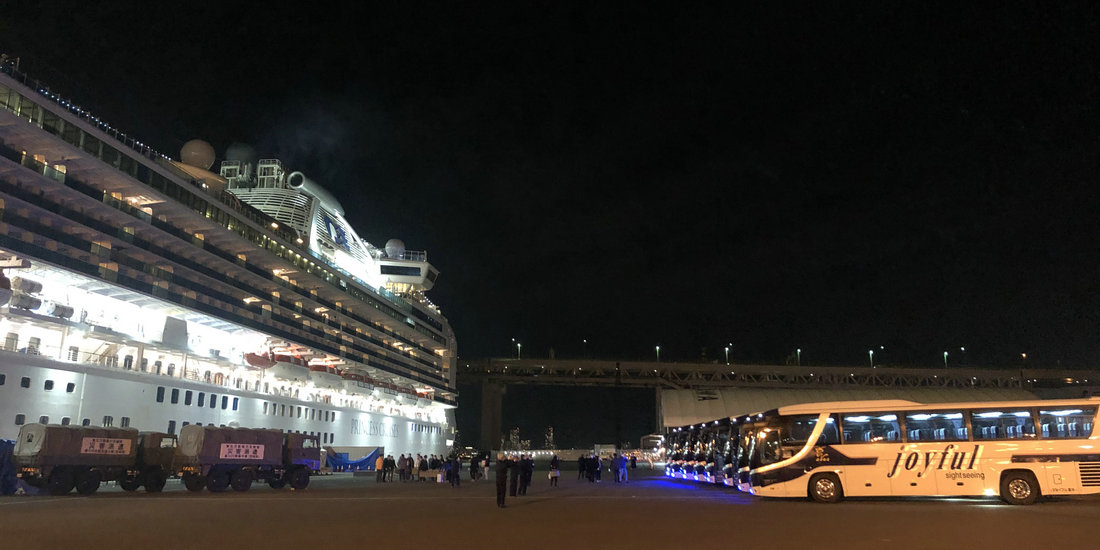 钻石公主号邮轮部分中国乘客乘包机返港