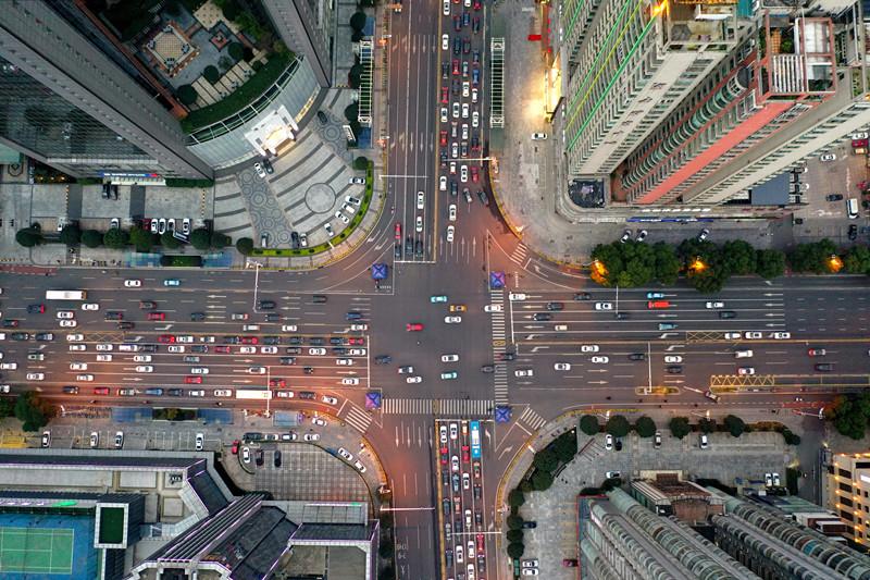 """""""堵车"""" 生活重回长沙:交通流量明显增大,部分路段出现""""拥堵"""""""