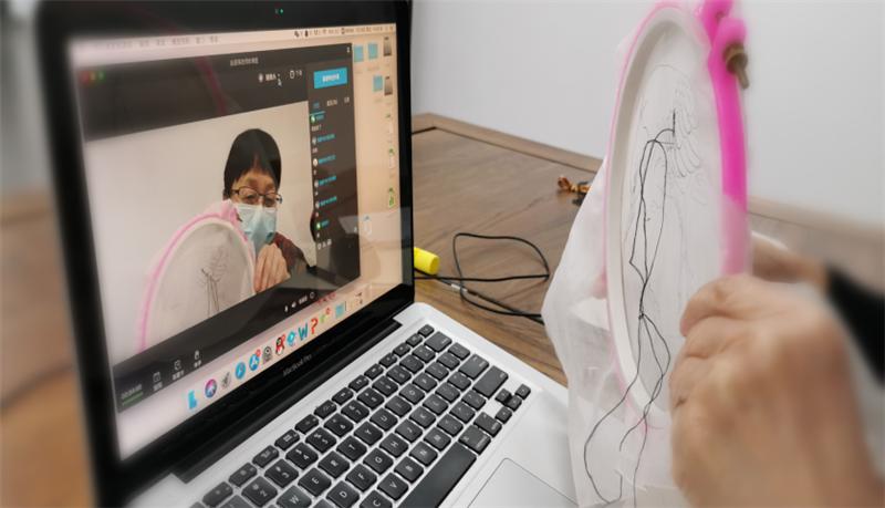 直播教刺绣,解锁传统工艺教学新模式