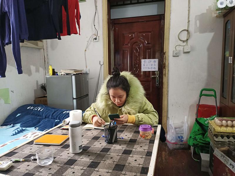 2名长沙艺考生滞留武汉40余天:最担心因隔离不能参加考试