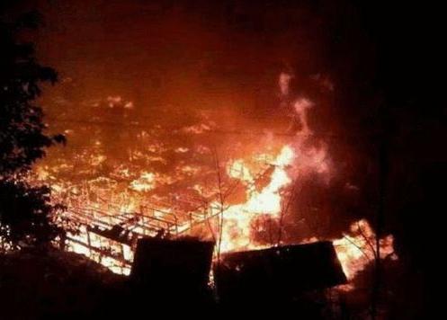 贵州300年侗寨遭大火烧毁 古迹消防短板如何解?