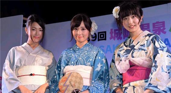 """日本嫩模摘得""""夏季和服小姐""""桂冠"""