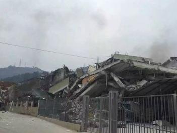 深圳光明新区发生山体滑坡 多栋楼房被埋