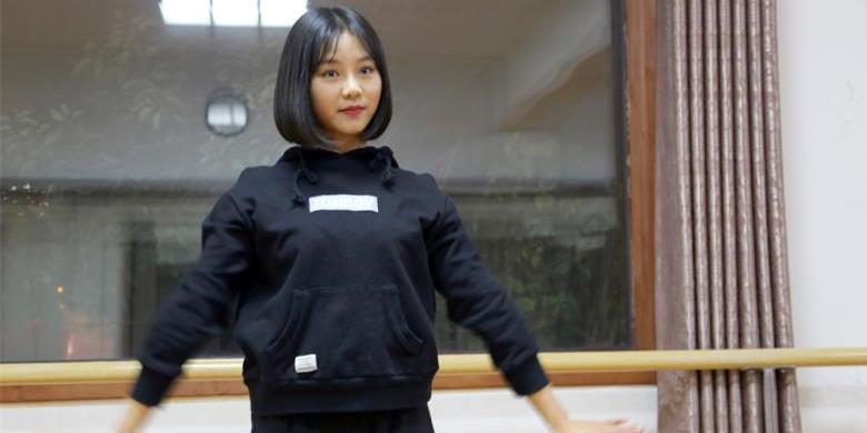 """武汉19岁萌妹被孩子称""""最萌舞蹈老师"""""""