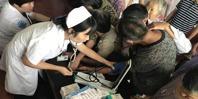 湘潭市三医院:送医送药送健康 健康扶贫进乡村