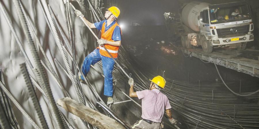 乌山隧道施工忙