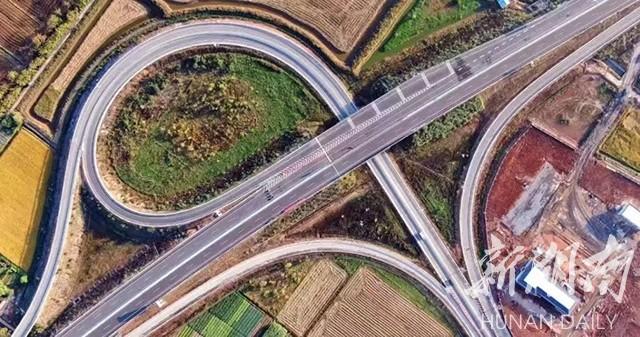 南益高速今日全线通车,为我省首个绿色公路示范项目 新湖南www.hunanabc.com