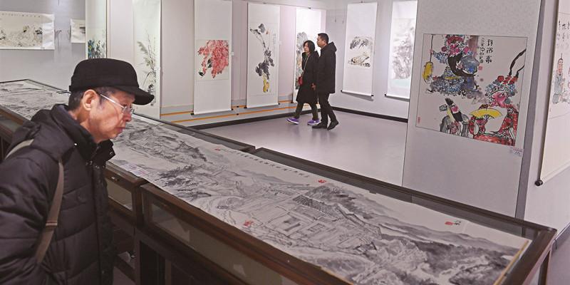 首届中国画名家作品邀请展在长沙举行
