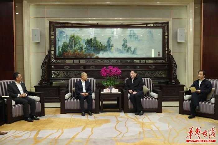 湖南与华为签署深化战略合作框架协议 杜家毫许达哲会见徐直军并见证签约