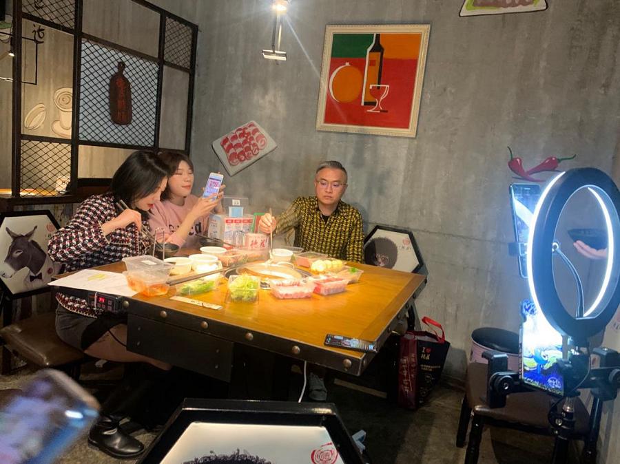 湖南餐饮火锅门店复工:热辣归来 在春天里按下播放键 新湖南www.hunanabc.com