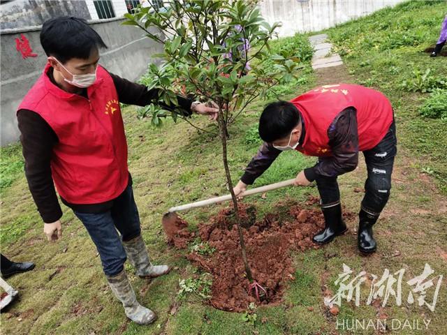 好人梁毕军好事做不停 新湖南www.hunanabc.com